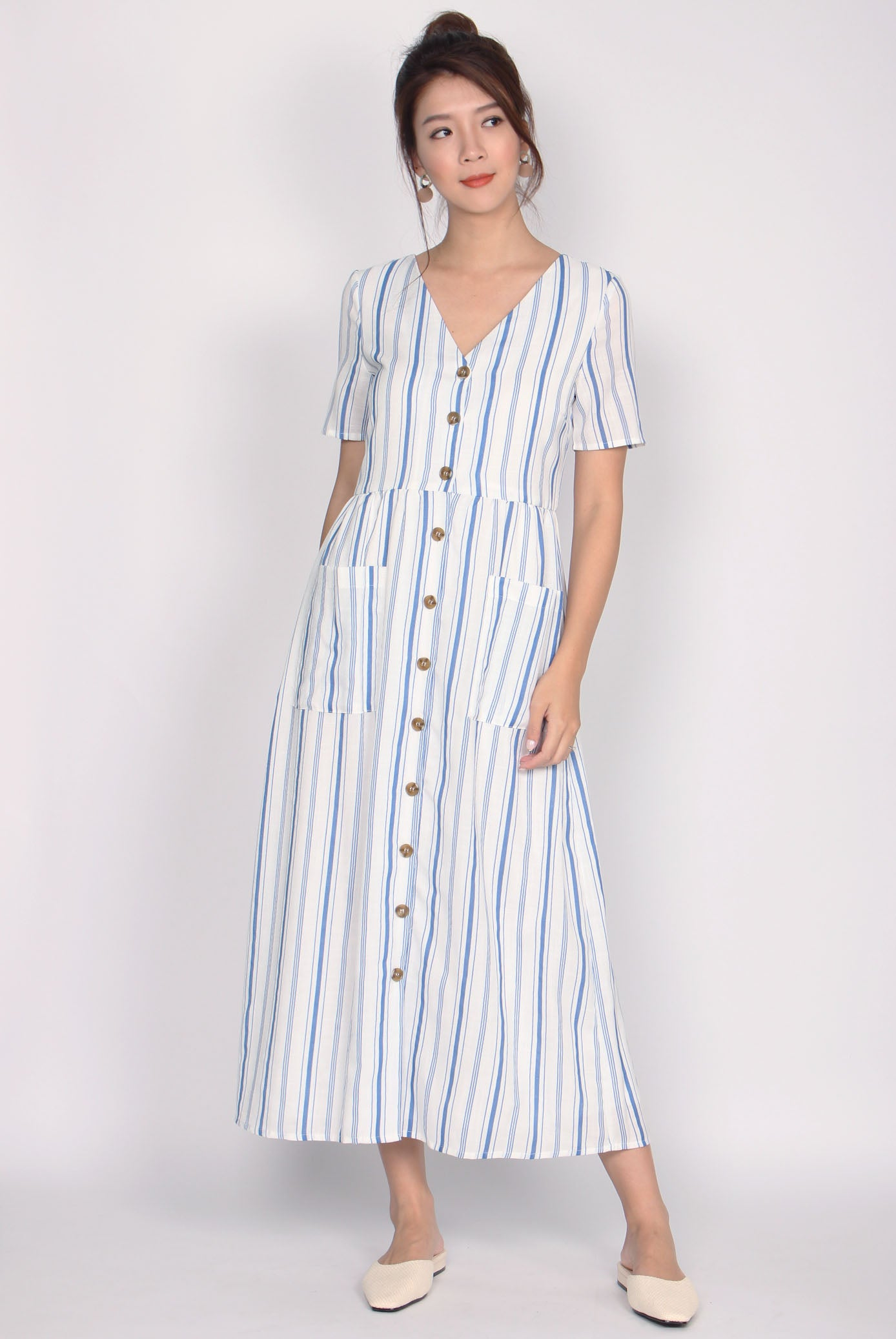 0aedc123e21 Blaire Buttons Down Pockets Dress In Blue Stripes – The Design Closets