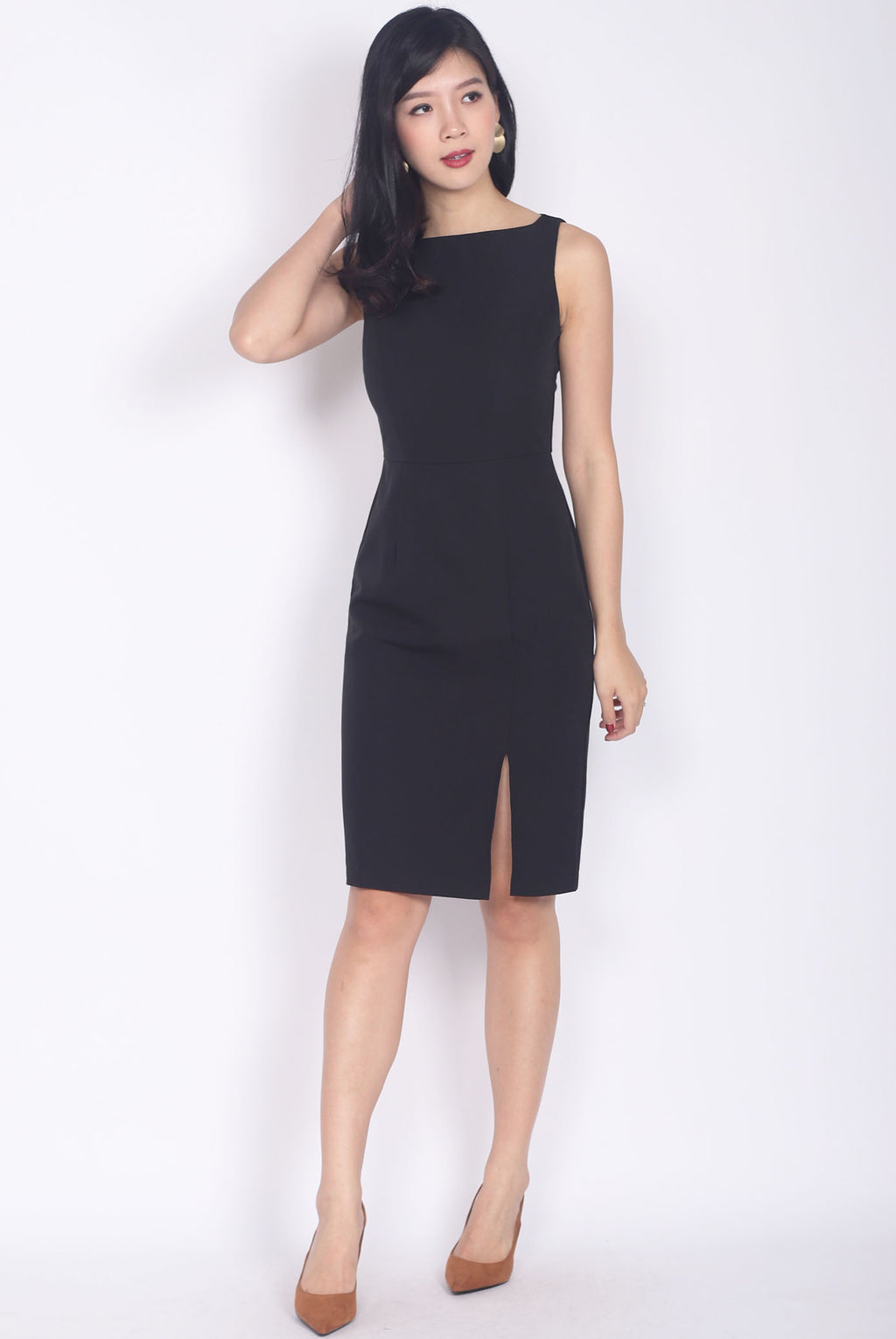 Brynlee Slit Front Pencil Dress In Black