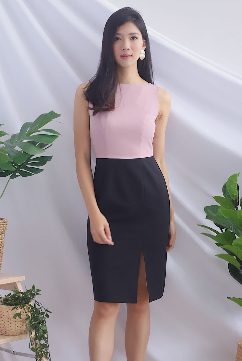 Brynlee Slit Front Pencil Dress In Pink/Black