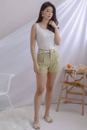 Genny Belted Shorts In Sage