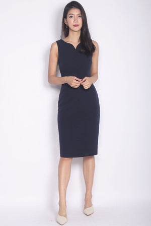 Cameryn Sweetheart Buttons Pencil Dress In Navy Blue