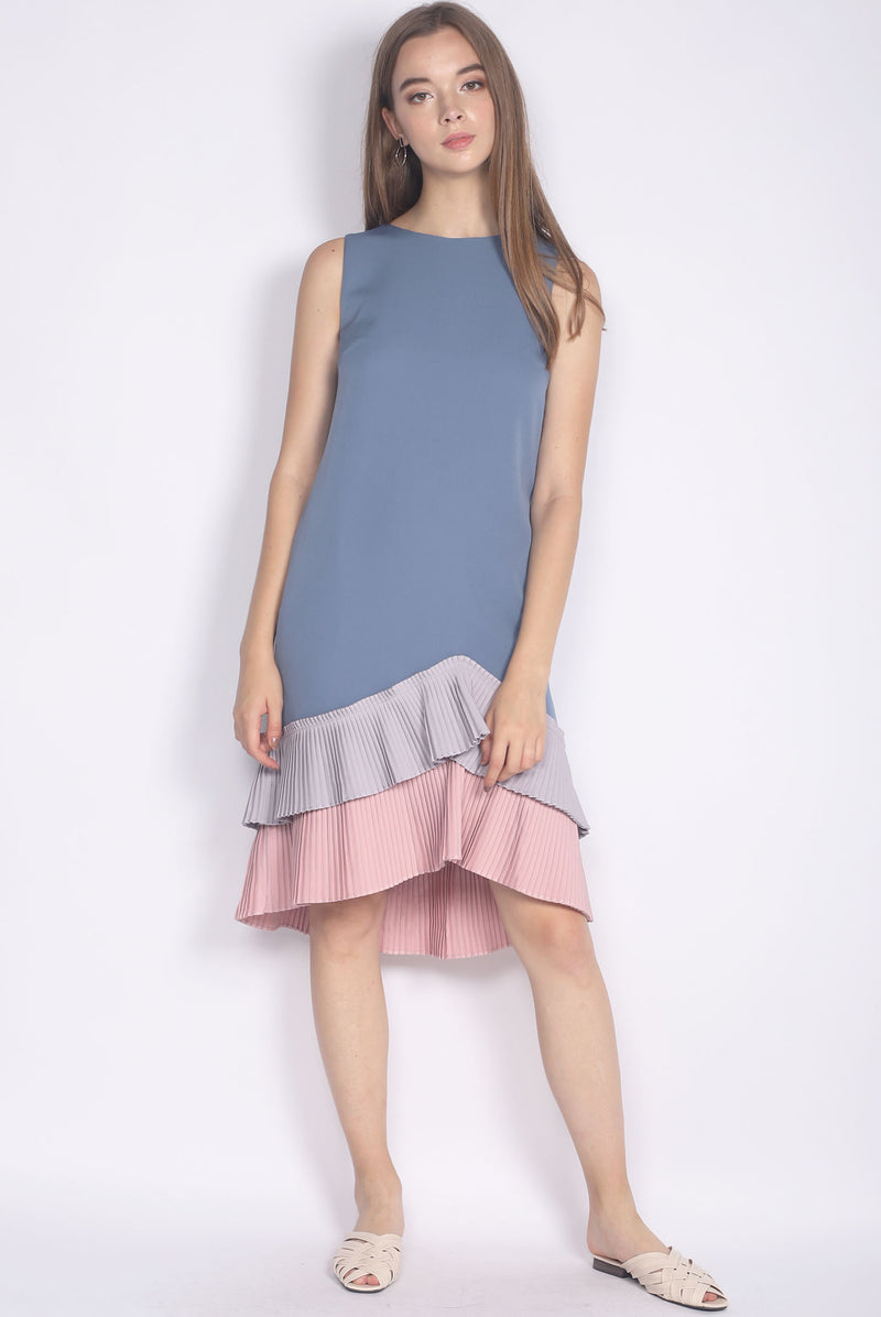 Camylle Colour Block Pleated Hem Midi Dress In Blue