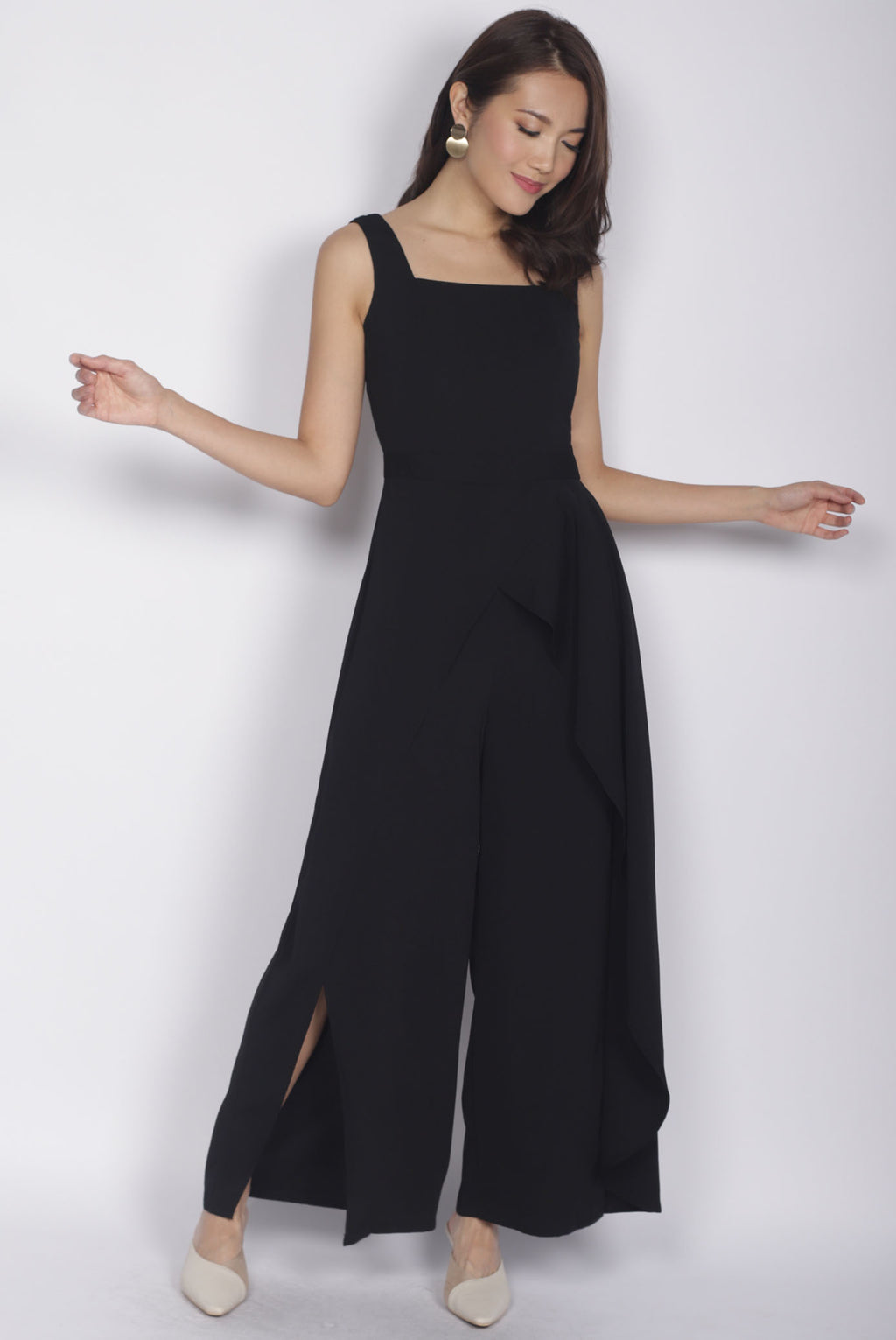 *Premium* Carrie Slit Layer Jumpsuit In Black