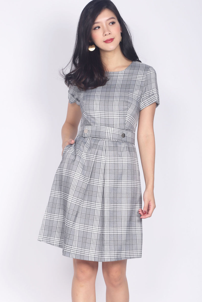 Chandler Buttons Waist Band Plaids Dress In Grey