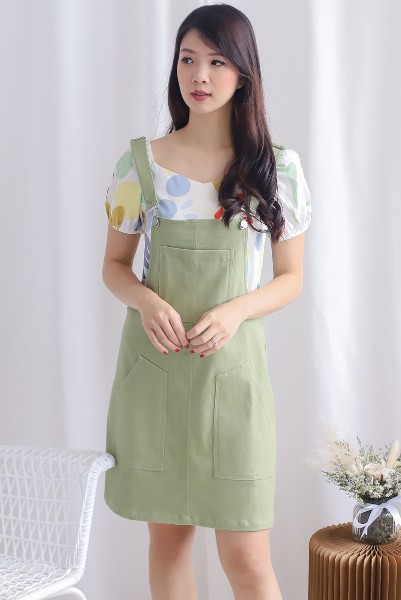 Charlotta Pockets Dungaree In Apple Green
