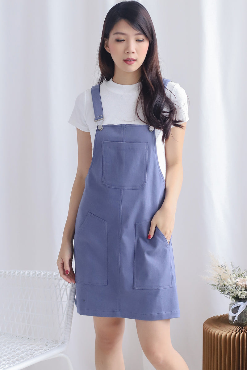 Charlotta Pockets Dungaree In Blue