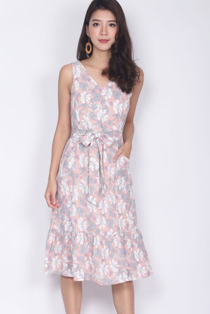 Chellsie Floral V Neck Dropwaist Dress In Pink