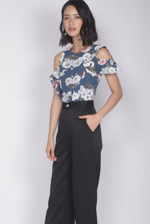 *Premium* Christie Ruffle Floral Top In Blue