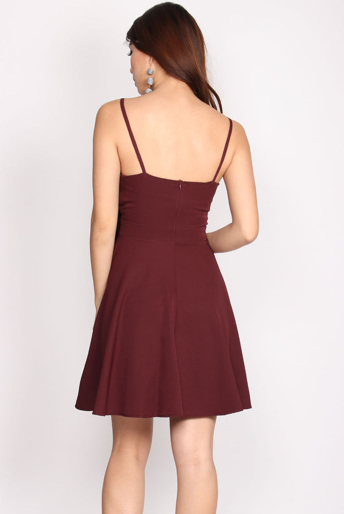 Colin Tie Waist Flare Dress In Wine Red
