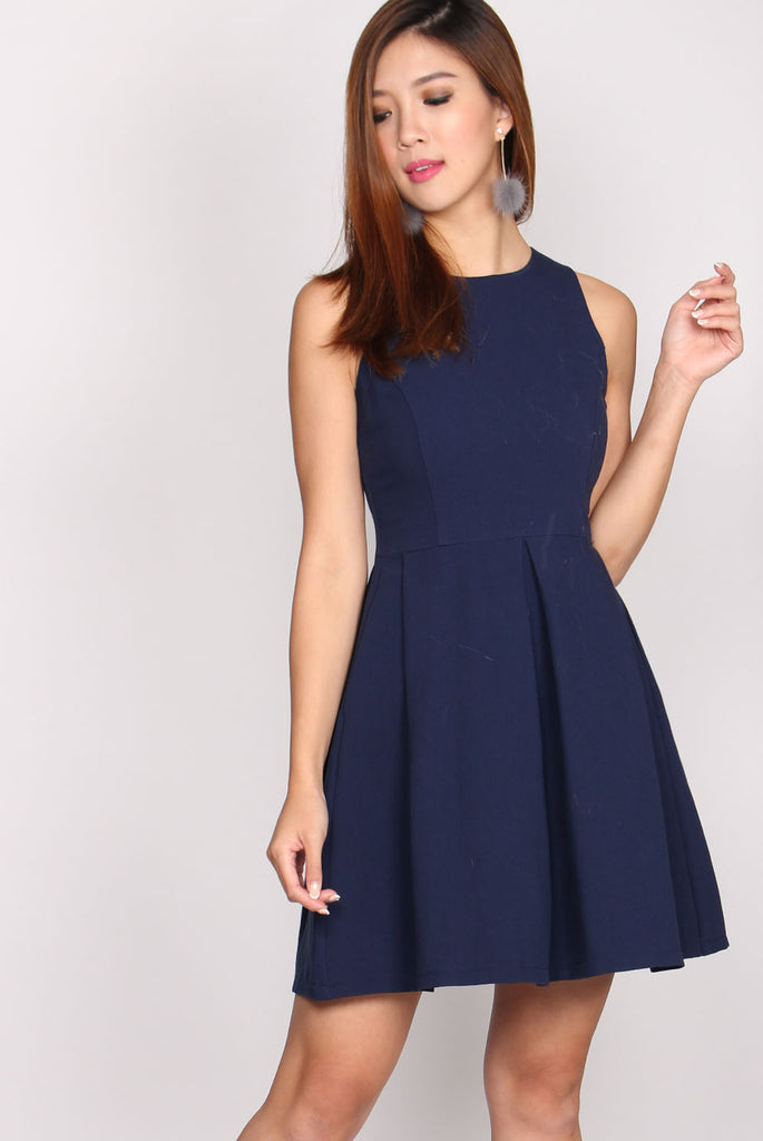 Corey Box Pleat Dress In Navy Blue