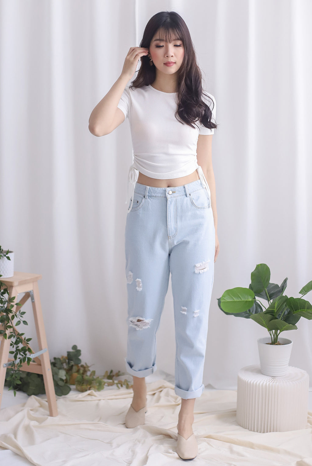 Delphine Ripped Boyfriend Jeans In Light Wash