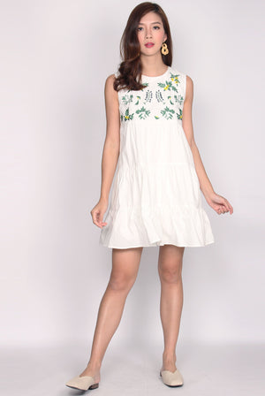 Coulby Embriodery Babydoll Dress In White