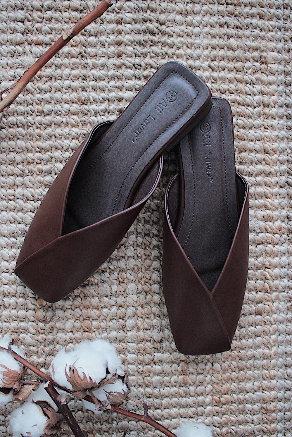 Eyala Origami Flats In Brown