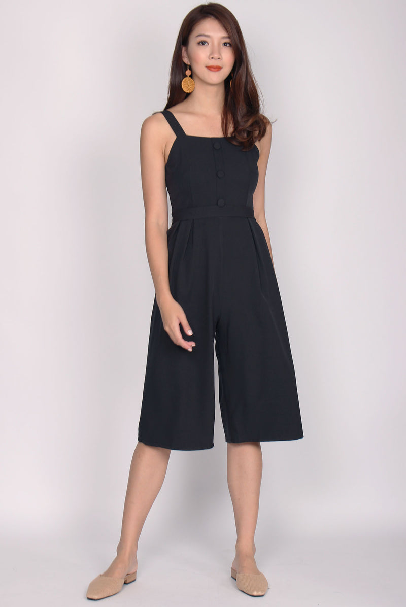 Dannika Buttons Jumpsuit In Black