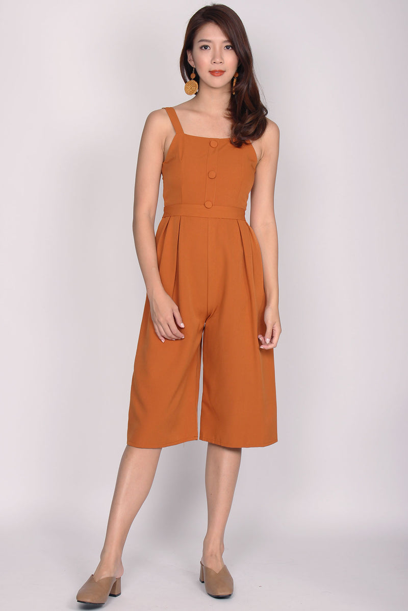 Dannika Buttons Jumpsuit In Pumpkin