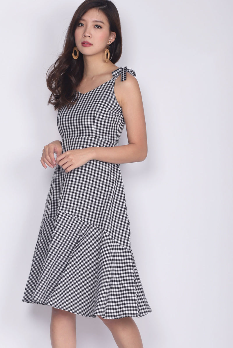 Darley Tie Shoulder Dress In Gingham
