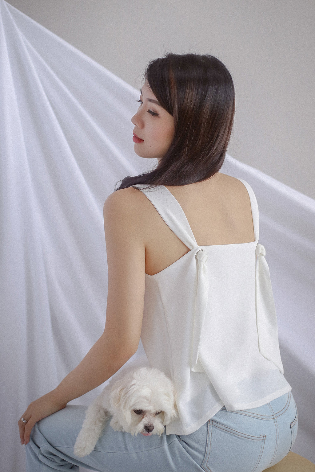 Della Knot Back Top In White