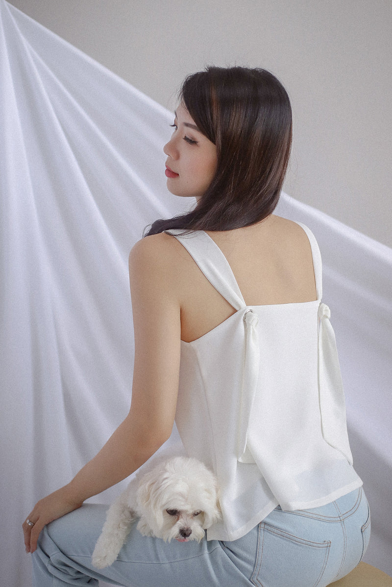 *Restocked* Della Knot Back Top In White