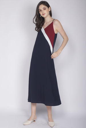 Delois Colour Block Maxi Dress In Wine/Navy