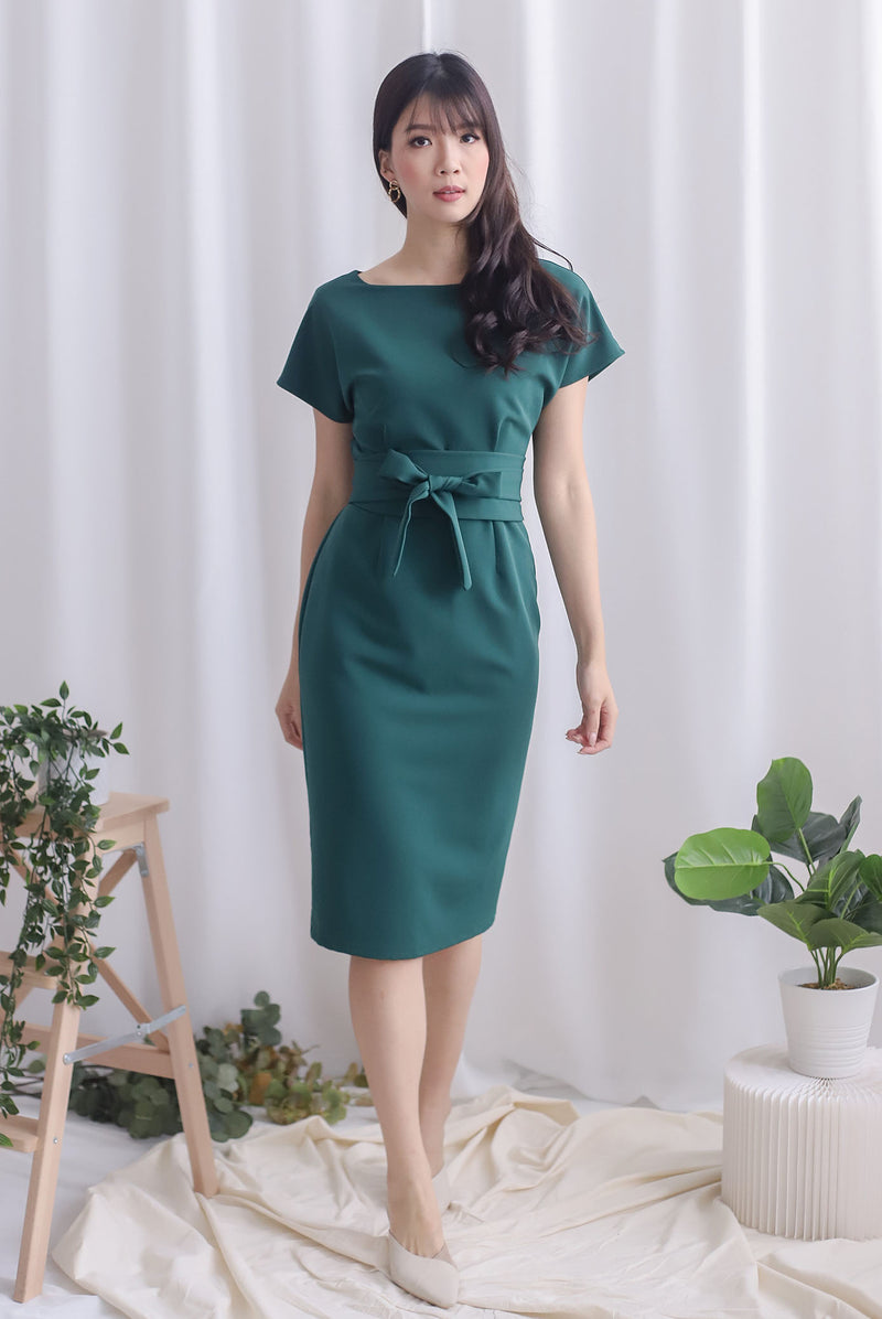 Deolinda Boat Neck Obi Sash Dress In Forest Green