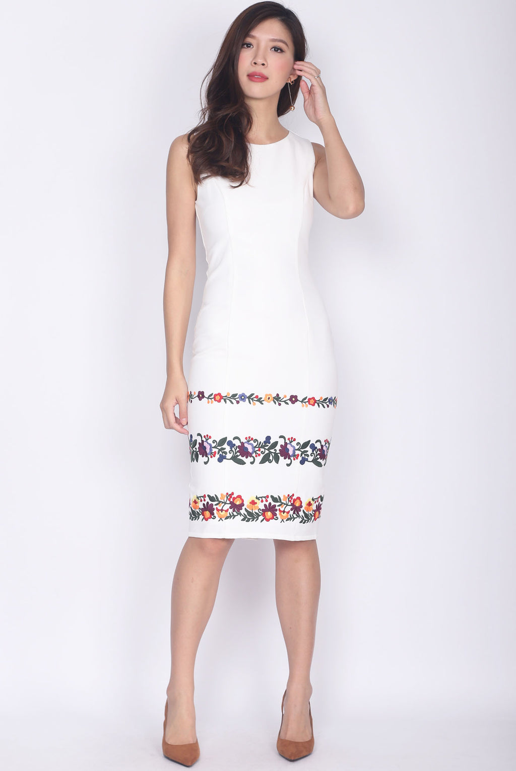 Desalin Embro Pencil Dress In White