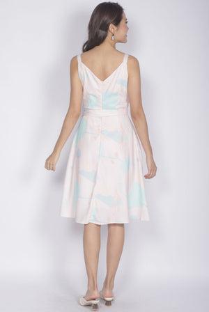 Dido Abstract Sprag Flare Dress In Pink