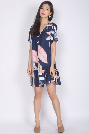Dorine Abstract Ladder Sleeve Dress In Navy Blue