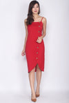 Driana Buttons Down Wavy Hem Dress In Red