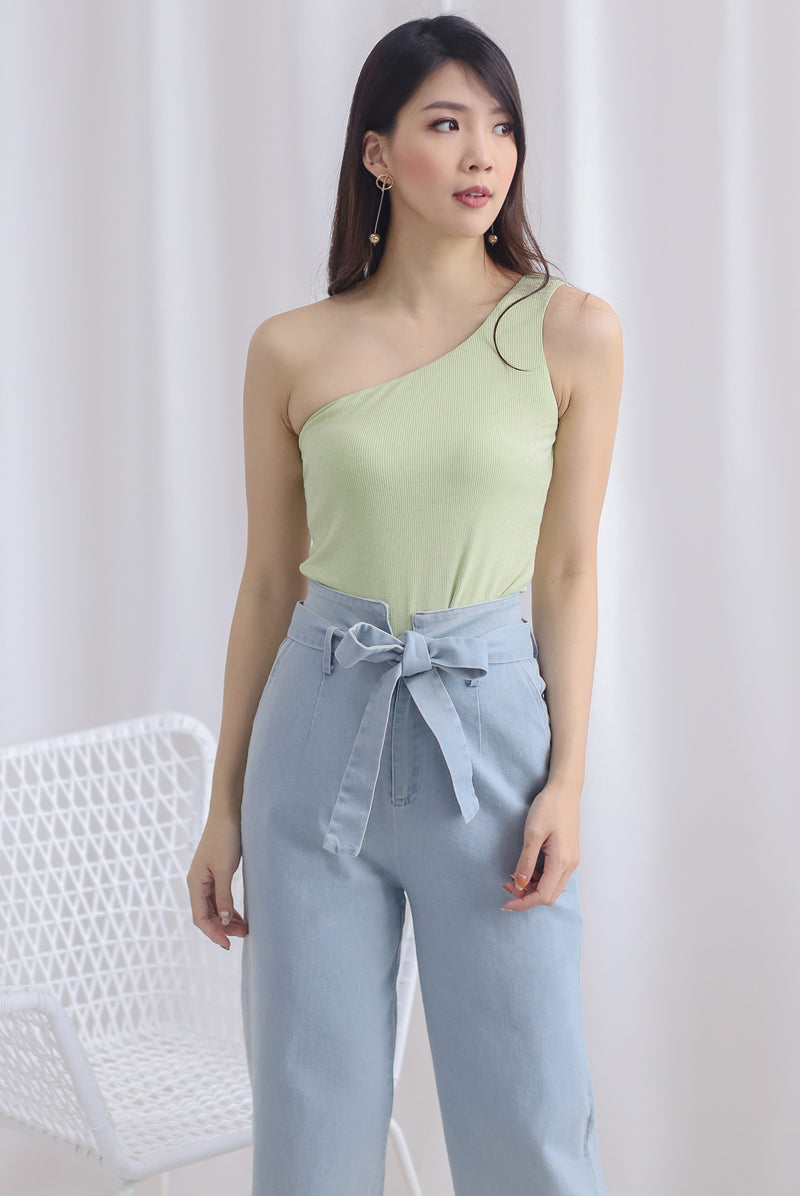 Eathelyn Ribbed Toga Top In Apple Green