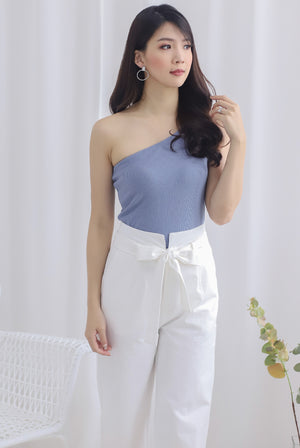 Eathelyn Ribbed Toga Top In Periwinkle Blue