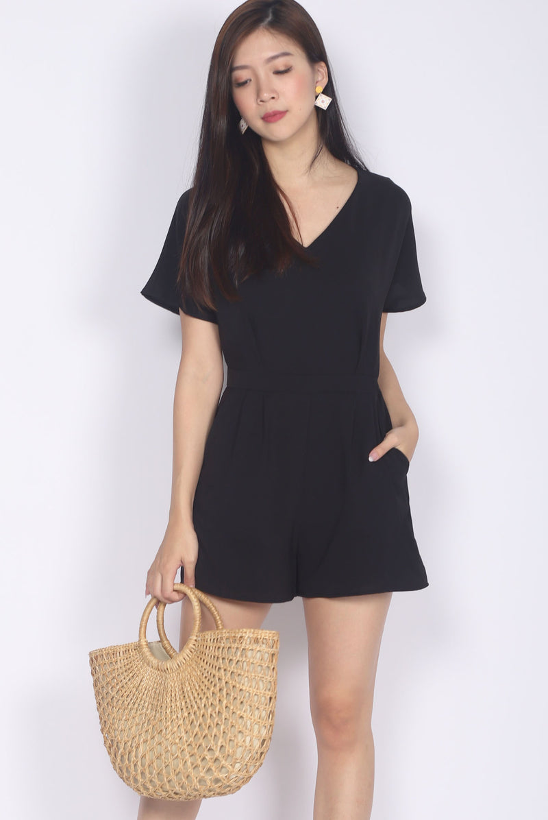 Eaveen Flare Sleeve Romper In Black