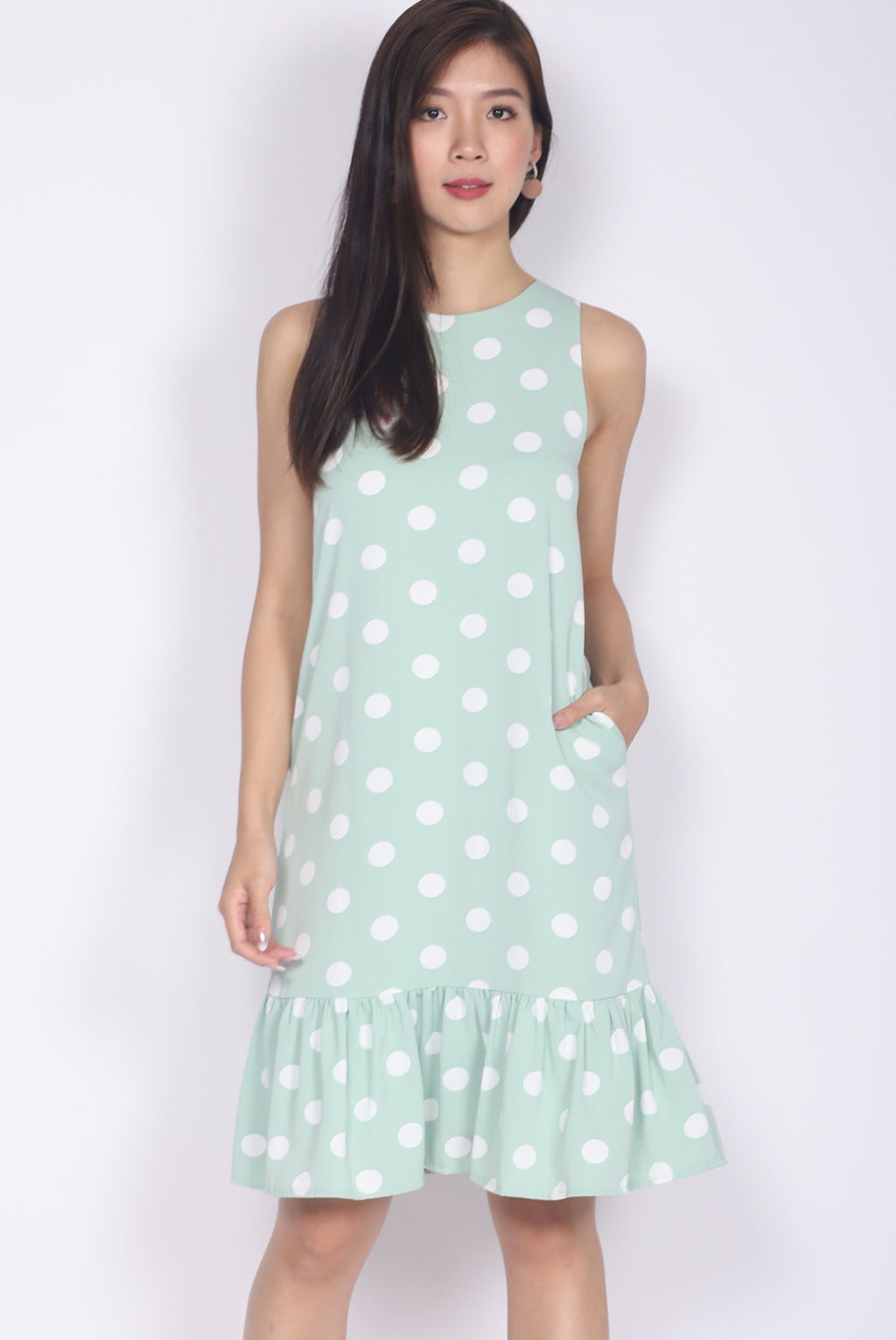 *Backorder* Eden Polkadot Drop Hem Dress In Mint Green