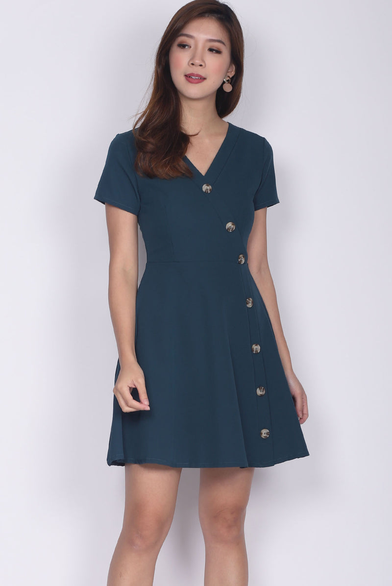 Eldora Buttons Wave Sleeve Dress In Forest Green