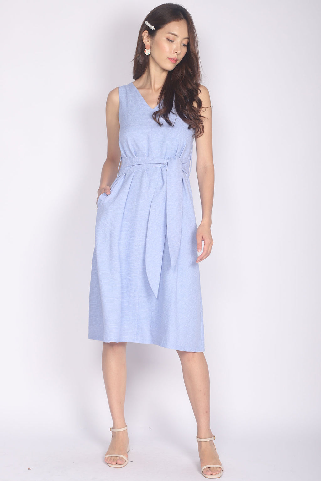 Elisa Linen Midi Dress In Blue