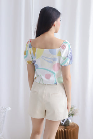 Ellerie Abstract Puffy Sleeve Top In Candy