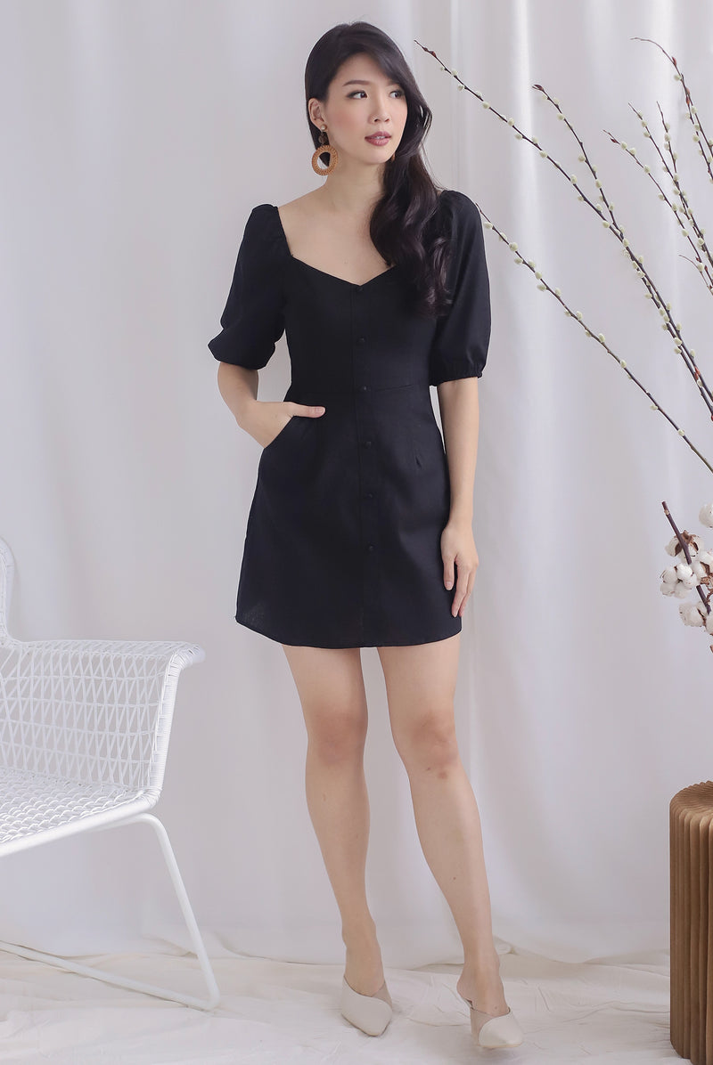 Everli Buttons Puffy Sleeve Romper In Black