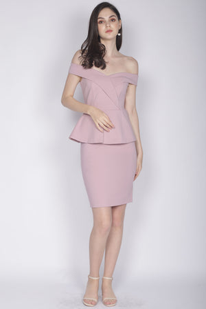 *Premium* Ewelina Off Shoulder Peplum Dress In Blush