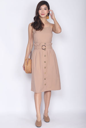 Fairley Buttons Paperbag Belted Dress In Camel