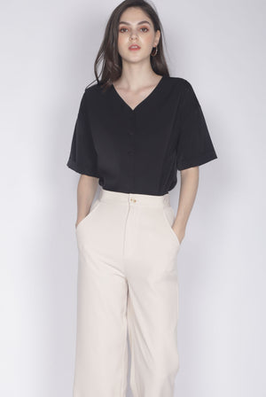 Faustine Buttons Sleeve Top In Black