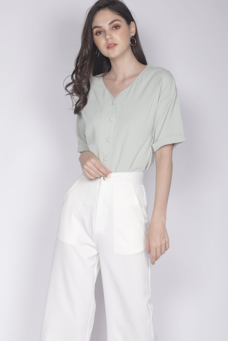 Faustine Buttons Sleeve Top In Sage
