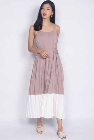 Feyre Pleated Colour Block Maxi Dress In Blush/White