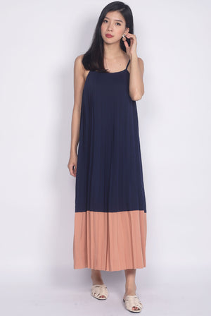 Feyre Pleated Colour Block Maxi Dress In Navy/Peach