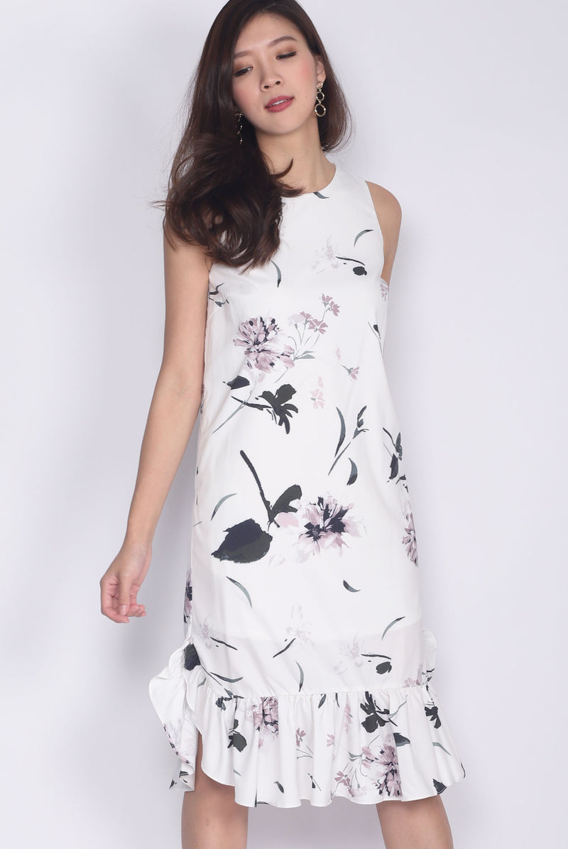 Finola Curve Drop Hem Dress In White Floral