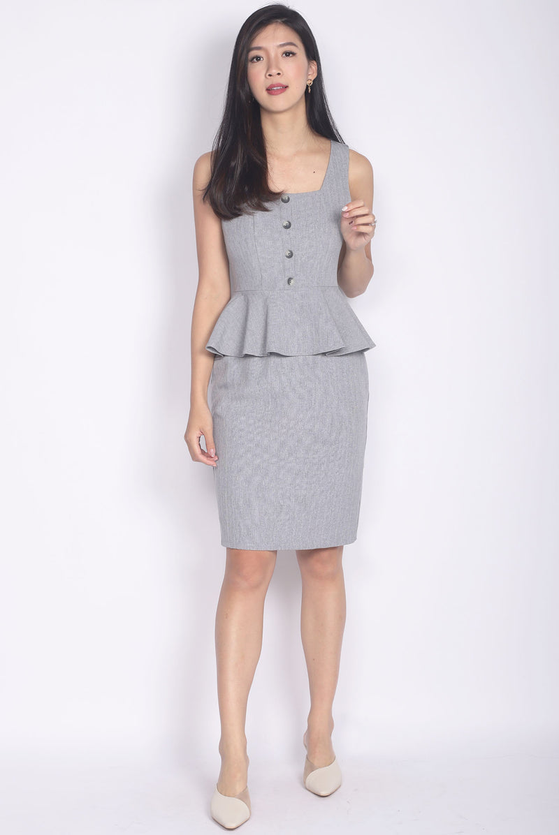 Francoise Buttons Peplum Dress In Light Grey