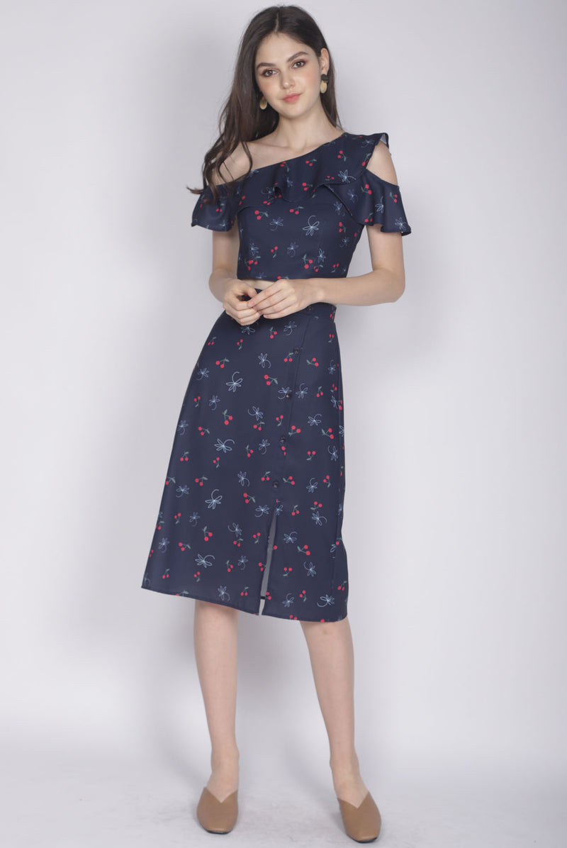 Hattie Buttons Slit Skirt In Navy Cherries