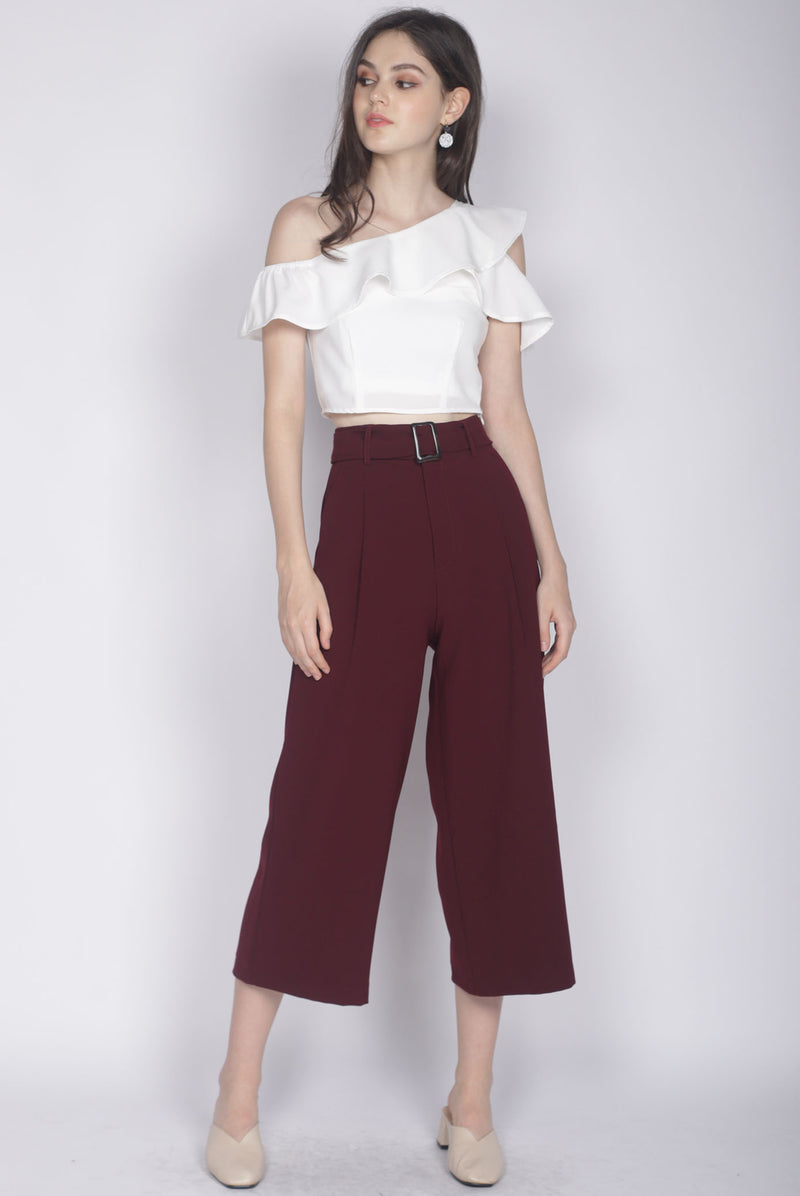 Dorea Buckle Culottes In Wine Red