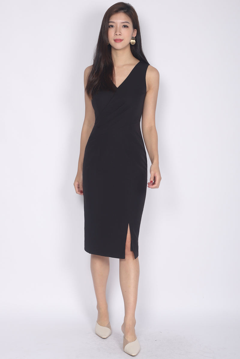 Geneva Pleated Waist Pencil Dress In Black