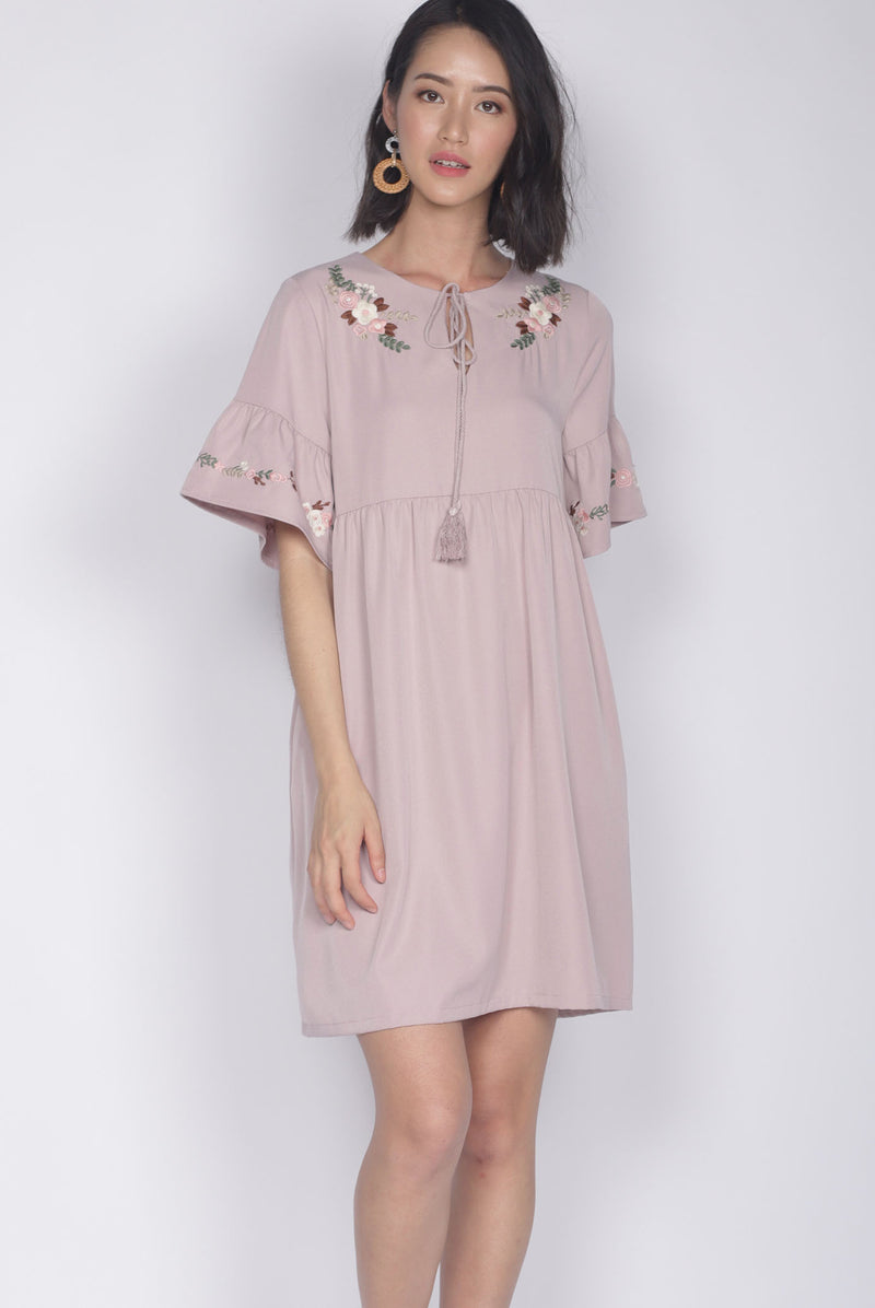 Genoveva Embro Tassel Dress In Blush