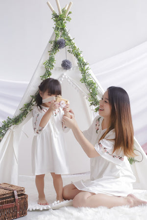 *Kids* Genoveva Embro Tassel Dress In White