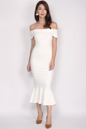 Georgina Off Shoulder Mermaid Dress In White